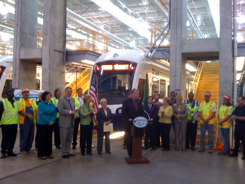 Ray LaHood at Sound Transit O&M Facility