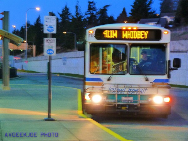 Island Transit 411 Whidbey at layover.