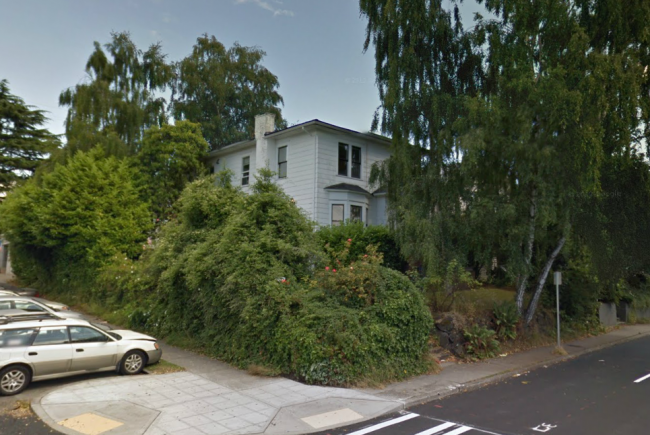15th and 52nd - One of my co-housing experiences (via Google Streetview)
