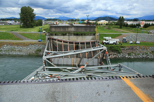 I-5 Skagit River Bridge (via WSDOT Flickr)